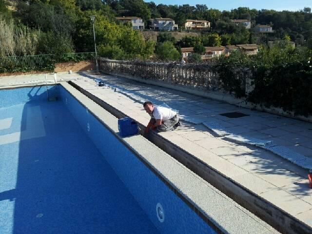 R paration ou remplacement de margelles ou dallage for Entretien piscine marseille