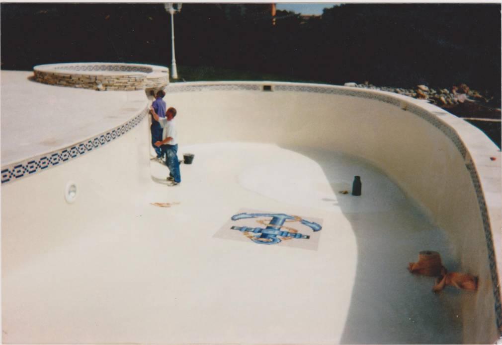 Une piscine qui fuit un bassin fissur r novation de piscine marseille 13015 psr - Entretien piscine marseille ...